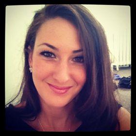 Amanda Ashley M