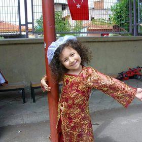 Emel Sari