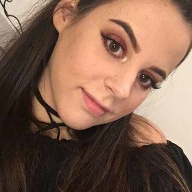 Laura Szabo