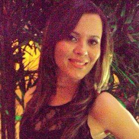 Hevely Beatriz (hevelyb) no Pinterest c2f377c921c