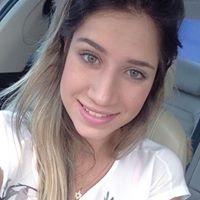Nathália Louback
