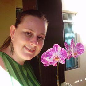 Carine Maria Strieder