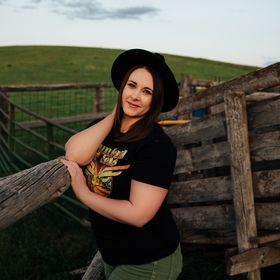 Katie Blakeley Creative | Photographer, Graphic Design, Educator
