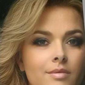 Erika Lénártné