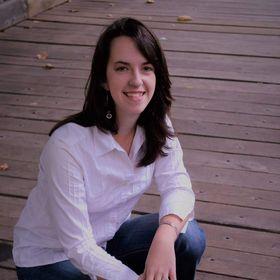Leah Lynch + Business Coach + Strategist + Blogger