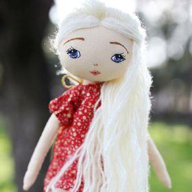 Lucia's dolls