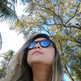 Kamilla Lameira Barros