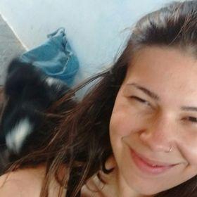 Camila Mendonça Victor