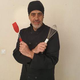 Antonio, pastelero de profesión y aprendiendo entre fogones.
