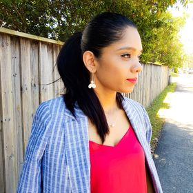 Perry | Stylist + Fashion Blogger