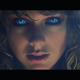 Nisa Swiftie 💖 Forever