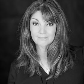 Maureen Lake Health Coach + Writer + Wellness Advocate