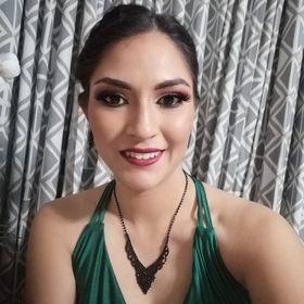 Cinthia Ramírez