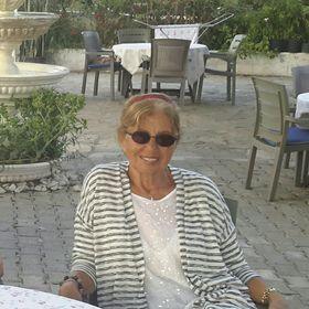 Ayşe Tanju