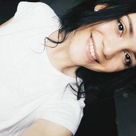 Rebeka Rapavi