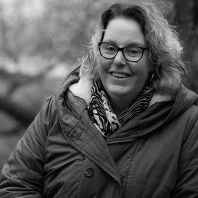 Janine van Hal