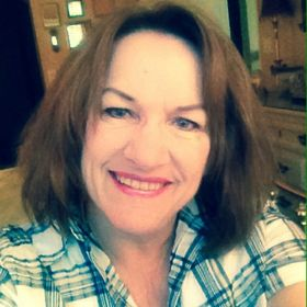 Lynn Moll