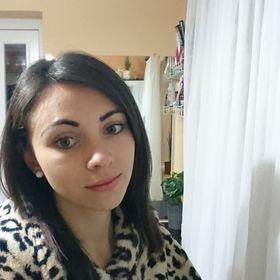 Eva Vari