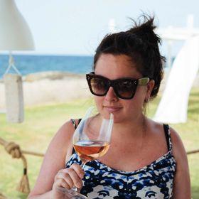 Sarah • The Taste Edit • Travel Tips + Easy Recipes