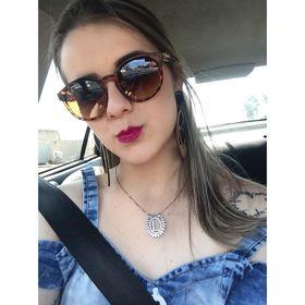 Luana Castro