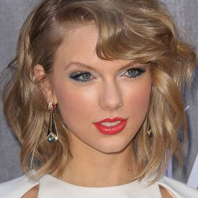 Taylor Swift Fan Page Tswift1333 On Pinterest See Collections Of Their Favorite Ideas
