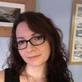 Lorraine Ambers - Fantasy Writer