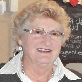 Joanne Giles