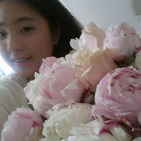 Julia Dayoung Hong