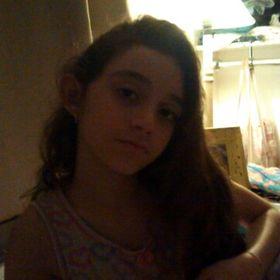 Letícia Marinho
