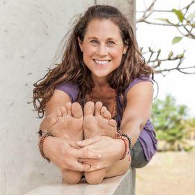 Susanne Rieker | Happy Yoga Travels & Marketing