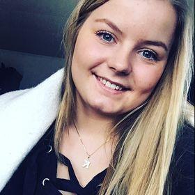 Karoline Halsan Leikvold