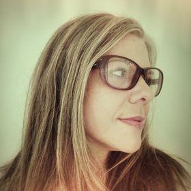 Art Critic Shana Nys Dambrot