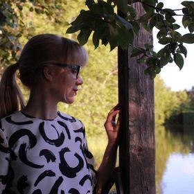 Ulla L