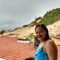 Joyce Araújo