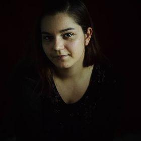Leonetta Boros