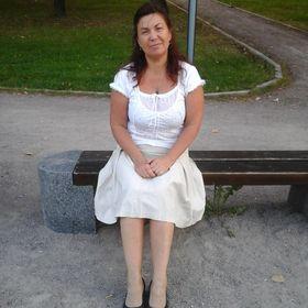 Марина Акалелова