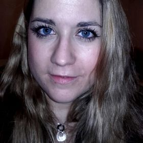 Veronika Fialka