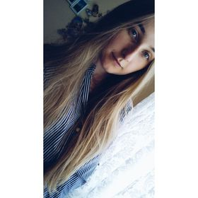 Angie ♥
