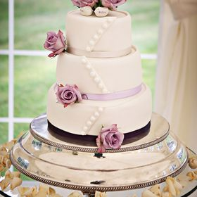 Lynne Hassani Wedding Cakes