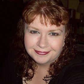 Author Taryn Raye