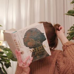 SecretBookWorlds