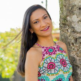 Carine Oliveira