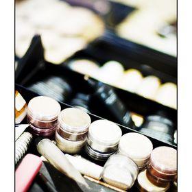 Zoe Barton Makeup Artist