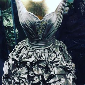 Lucia novias valencia vestidos