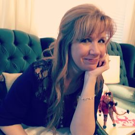 Ami Loper | Author, Bible Teacher, and Christian Blogger/Vlogger