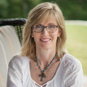 theWarriorSHE | Writer. Podcaster. ChristianCommunicator.