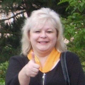 Iveta Pluhaříková
