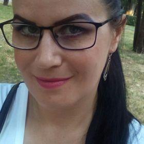 Andrea Szenkó