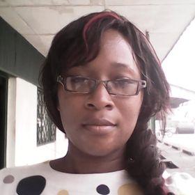 Winnie NDJOCK - Marketing Digital & Design - Coaching