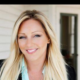 Antoinette Newhouse (Ventura Realtor)